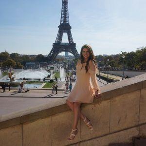 Lulu's long sleeve short peach dress